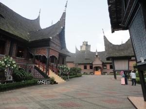 Rumah Gadang di anjungan Sumbar