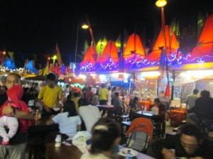 Suasana Pasar Senggol