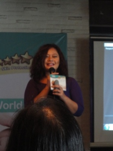 Mbak Junita selaku Asean Senior Communication Manager Pampers